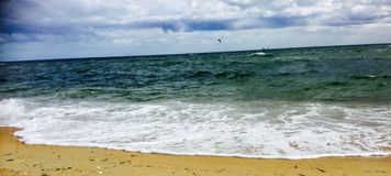 Κύματα Aqua Στοκ φωτογραφία με δικαίωμα ελεύθερης χρήσης
