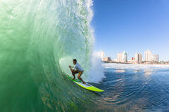 Κύμα ΓΟΥΛΙΑΣ σερφ Surfer στοκ φωτογραφία με δικαίωμα ελεύθερης χρήσης