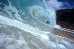 κύμα σωληνώσεων ακτών στοκ φωτογραφίες