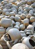 Κύπελλα αργίλου & δοχεία τσαγιού που ξεραίνουν στον ήλιο, Βιετνάμ Στοκ Εικόνες
