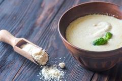 Κύπελλο του Alfredo - ιταλική σάλτσα ζυμαρικών στοκ φωτογραφία με δικαίωμα ελεύθερης χρήσης