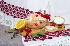 Κύπελλο με sauerkraut Στοκ Φωτογραφίες