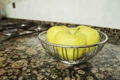 Κύπελλο τριών μήλων Στοκ Εικόνες