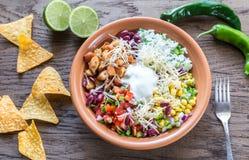 Κύπελλο burrito κοτόπουλου στοκ φωτογραφία