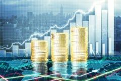 Κύρια έννοια αύξησης με την ανάπτυξη των χρυσών νομισμάτων και των διαγραμμάτων Στοκ Φωτογραφίες