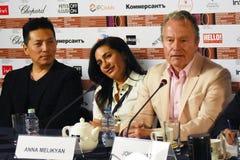 Κύρια συνέντευξη τύπου κριτικών επιτροπών ανταγωνισμού του διεθνούς φεστιβάλ ταινιών της 40ης Μόσχας στοκ φωτογραφία με δικαίωμα ελεύθερης χρήσης