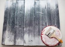 Κύρια χρώματα η επιτροπή με το άσπρο χρώμα Δημιουργήστε το fotofone για τη διαφήμιση από το ξύλο Τονισμός της επιτροπής με το άσπ στοκ φωτογραφία