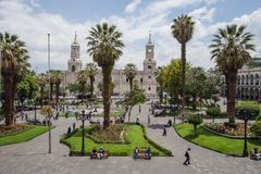 Κύριοι τετράγωνο και καθεδρικός ναός πόλεων Arequipa στοκ εικόνα