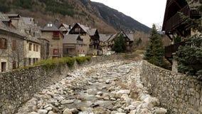 Κύριος ποταμός στο χωριό Arties Στοκ εικόνες με δικαίωμα ελεύθερης χρήσης