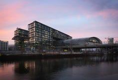 Κύριος σταθμός του Βερολίνου (γερμανικό Hauptbahnhof) στις 17 Φεβρουαρίου 2014 στο Βερολίνο, Γερμανία Στοκ Φωτογραφίες