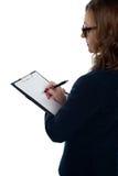 Κύριος συμπληρώνοντας τη μορφή αξιολόγησης των υπαλλήλων στοκ εικόνες
