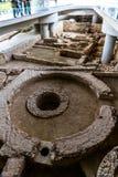 Κύριο άρθρο, καταστροφές στην είσοδο στο μουσείο ακρόπολη στοκ φωτογραφία