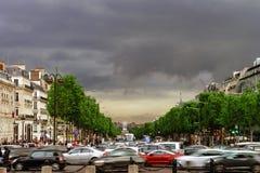 Κύριο άρθρο, στις 13 Μαΐου 2016: Παρίσι, Γαλλία Παραδοσιακό stree του Παρισιού Στοκ εικόνα με δικαίωμα ελεύθερης χρήσης
