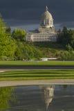 Κύριο κτήριο της Ολυμπία Ουάσιγκτον με το σκοτεινό ουρανό Στοκ Φωτογραφία