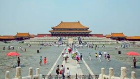 Κύριο τετράγωνο της απαγορευμένης πρωτεύουσας του Πεκίνου πόλεων της Κίνας Παλάτι αυτοκρατόρων Timelapse με τους κινούμενους τουρ απόθεμα βίντεο