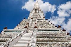 Κύριο chedi του ναού Wat Arun της Dawn στη Μπανγκόκ, Ταϊλάνδη Στοκ Φωτογραφία