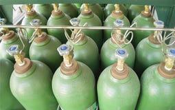 Κύλινδροι υδρογόνου στην κασέτα στοκ φωτογραφίες