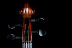 Κύλινδρος βιολιών στο μαύρο υπόβαθρο Στοκ φωτογραφίες με δικαίωμα ελεύθερης χρήσης