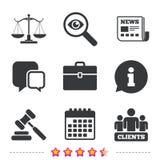 Κλίμακες του εικονιδίου δικαιοσύνης Σφυρί και περίπτωση δημοπρασίας διανυσματική απεικόνιση