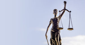 Κλίμακες του υποβάθρου δικαιοσύνης - νομική έννοια νόμου Στοκ φωτογραφίες με δικαίωμα ελεύθερης χρήσης