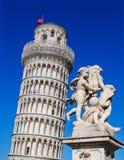 κλίνοντας πύργος της Πίζα&sig Στοκ εικόνες με δικαίωμα ελεύθερης χρήσης