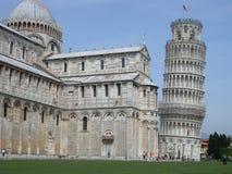 κλίνοντας πύργος στοκ εικόνα με δικαίωμα ελεύθερης χρήσης