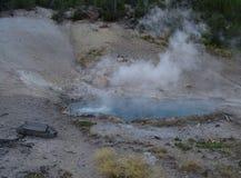 Κλίση κάτω geyser Στοκ φωτογραφία με δικαίωμα ελεύθερης χρήσης