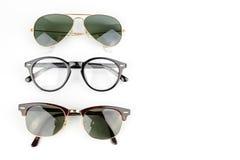 Κλασικά γυαλιά ηλίου εξαρτημάτων ατόμων Στοκ Εικόνα