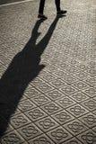 Κλασικά πεζοδρόμια κεραμιδιών της πόλης της Βαρκελώνης Στοκ Φωτογραφία
