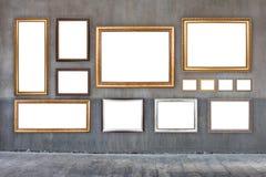 Κλασικά πλαίσια στον παλαιό τοίχο τσιμέντου Στοκ Εικόνες