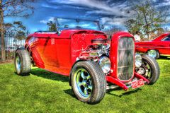 Κλασική κόκκινη καυτή ράβδος της Ford Στοκ εικόνες με δικαίωμα ελεύθερης χρήσης