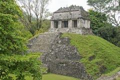 Κλασικός ναός της Maya σε Palenque Στοκ φωτογραφία με δικαίωμα ελεύθερης χρήσης