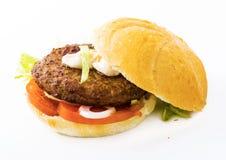 Κλασικό αρχικό Burger βόειου κρέατος Στοκ Εικόνες
