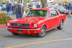 Κλασικό αυτοκίνητο μάστανγκ της Ford στην επίδειξη Στοκ Εικόνες