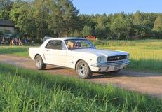 Κλασικό αυτοκίνητο - μάστανγκ 289 του 1964 (πρώτη γενιά) Στοκ Φωτογραφίες