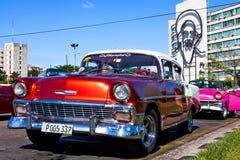 Κλασικό αυτοκίνητο Plaza de Λα Revolucion, Αβάνα, Κούβα Στοκ εικόνα με δικαίωμα ελεύθερης χρήσης