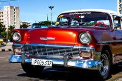 Κλασικό αυτοκίνητο Plaza de Λα Revolucion, Αβάνα, Κούβα Στοκ εικόνες με δικαίωμα ελεύθερης χρήσης
