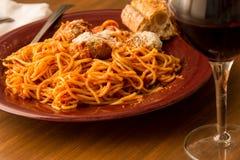 Κλασικό ιταλικό γεύμα Στοκ φωτογραφία με δικαίωμα ελεύθερης χρήσης