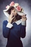 Κλασικό κορίτσι άνοιξη μόδας Στοκ φωτογραφία με δικαίωμα ελεύθερης χρήσης