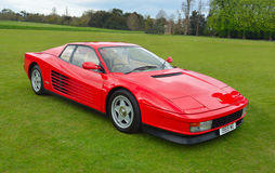Κλασικό κόκκινο Ferrari Testarrossa Στοκ εικόνες με δικαίωμα ελεύθερης χρήσης