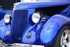 Κλασικό μπλε ανοικτό αυτοκίνητο Hotrod αυτοκινήτων Στοκ Εικόνα