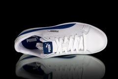 Κλασικό πάνινο παπούτσι Puma Στοκ Εικόνα