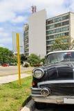Κλασικό παλαιό αμερικανικό αυτοκίνητο στην Αβάνα Στοκ φωτογραφία με δικαίωμα ελεύθερης χρήσης