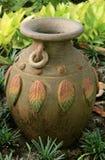 Κλασικό ταϊλανδικό ύφος βάζων στοκ φωτογραφία με δικαίωμα ελεύθερης χρήσης