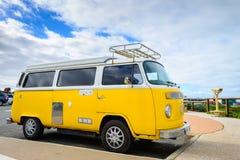 Κλασικό φορτηγό τροχόσπιτων μεταφορέων του Volkswagen Στοκ Εικόνες