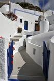 Κλασσικά ελληνικά αρχιτεκτονική, μπλε και λευκό - santorini στοκ φωτογραφία με δικαίωμα ελεύθερης χρήσης