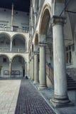Κλασσικές αρχιτεκτονικές στήλες στοκ εικόνα
