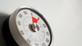 Κλασσικός εκλεκτής ποιότητας στενός επάνω χρονομέτρων αντίστροφης μέτρησης κουζινών, παραμονή 5 λεπτών Στοκ φωτογραφία με δικαίωμα ελεύθερης χρήσης