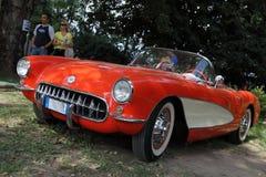 κλασσικό κόκκινο δρομώνων chevrolet αυτοκινήτων Στοκ Φωτογραφία