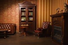 Κλασσικό δωμάτιο βιβλιοθηκών Στοκ εικόνες με δικαίωμα ελεύθερης χρήσης